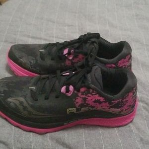 Soucany Running Shoes 7.5